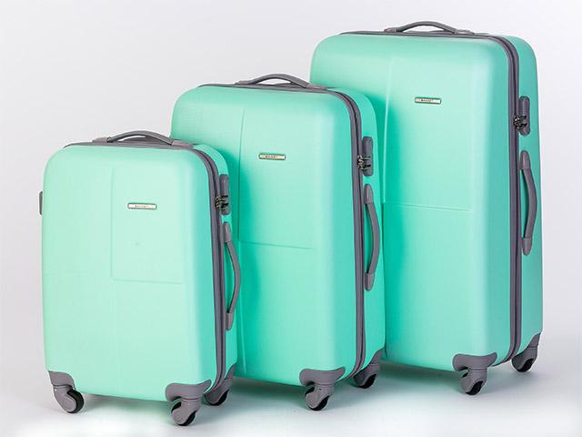 Дорожные чемоданы пластик или ткань рюкзаки nike в минске